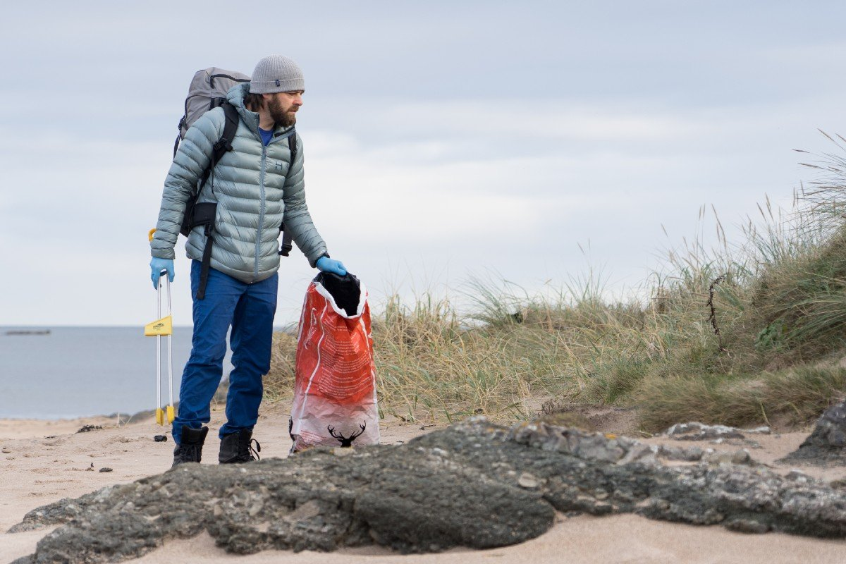 blue friday beach clean with caledonian horticulture and ocean vertical east lothian 1
