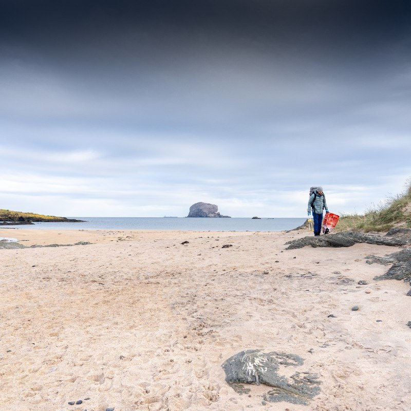 recycling beach clean with caledonian horticulture and ocean vertical seacliff beach east lothian